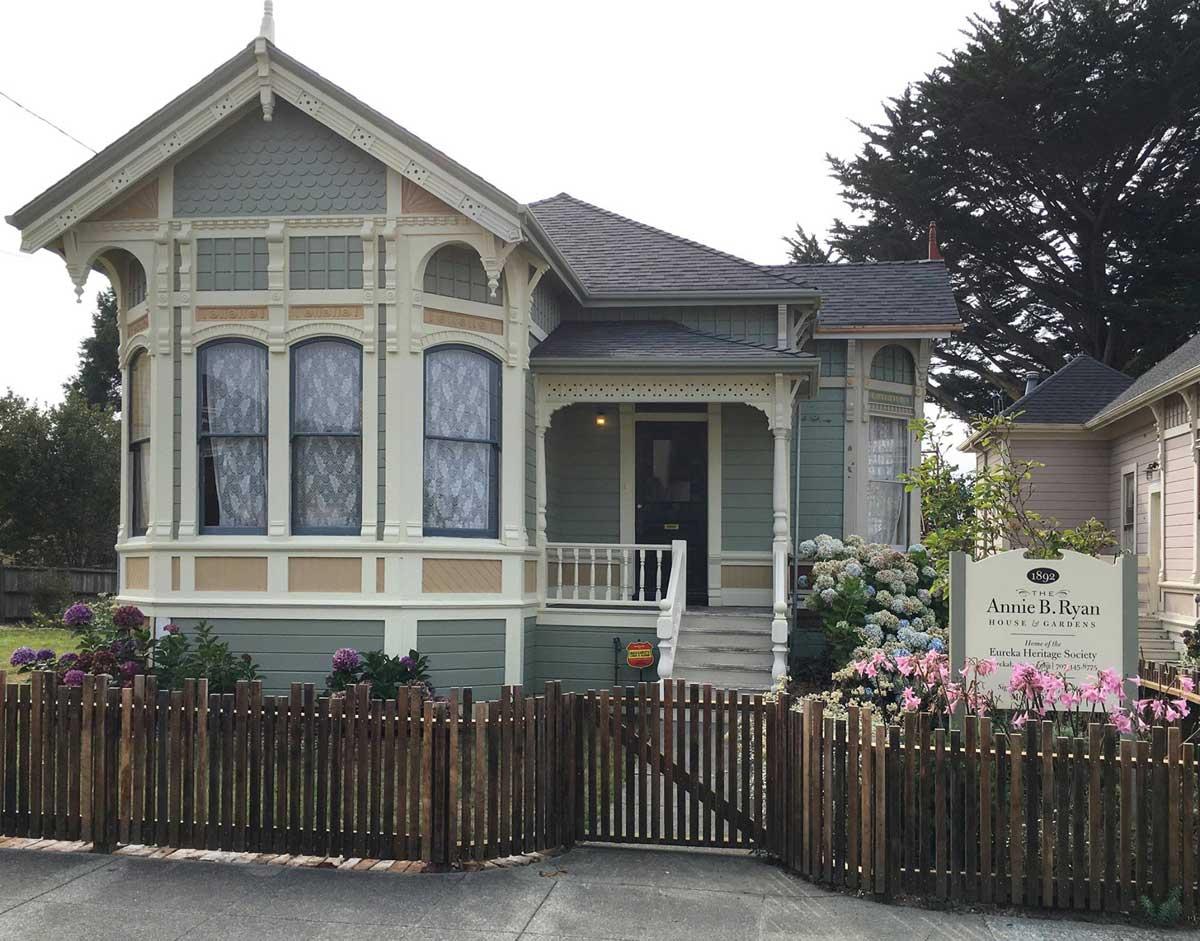 The Annie B. Ryan House & Gadens